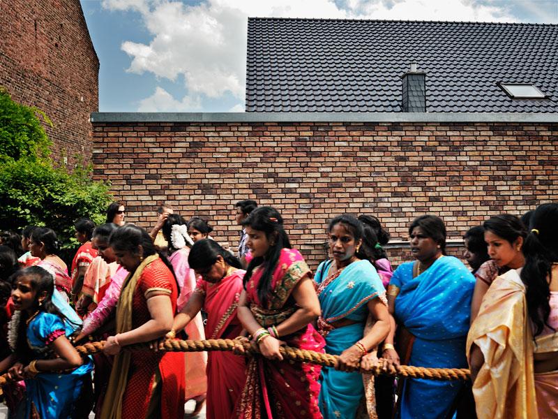 http://kniestphotography.net/files/gimgs/3_tamil-diaspora-c-ingo-kniest-0327.jpg