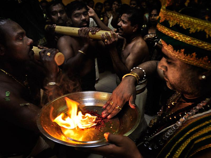 http://kniestphotography.net/files/gimgs/3_tamil-diaspora-c-ingo-kniest-9991.jpg